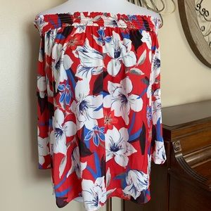 NWT JLO Size XXL Red Off the Shoulder Blouse Top